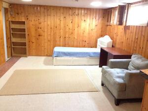 BASEMENT 1 BEDROOM FOR PROFESSIONAL SINGLE