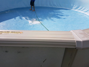 24 foot round above ground pool