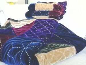 Royal coloured velour quilt and shams-QUEEN