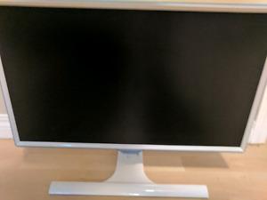 26 inch Samsung monitor (hdmi)