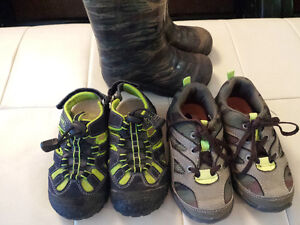 $5 each - assorted boys footwear size 9 London Ontario image 1