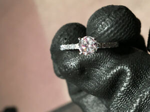 1.1 TCW NEW DIAMOND RING FOR SALE!