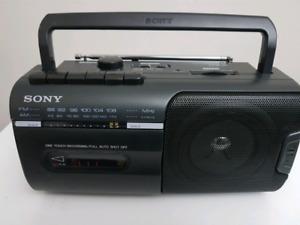 Sony Portable Boombox CFM-10 .Cassette & Tuner.