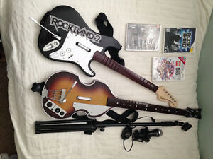 Wii Rockband, 3 Games, Beatles Guitar