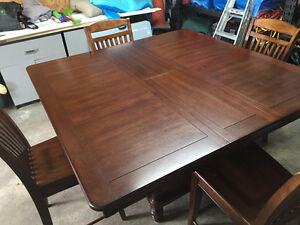 Great Table and Chair Set
