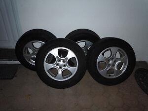 Pneus Goodyear Assurance TripleTred + Jantes Subaru