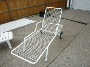 Chaise lounger Metal