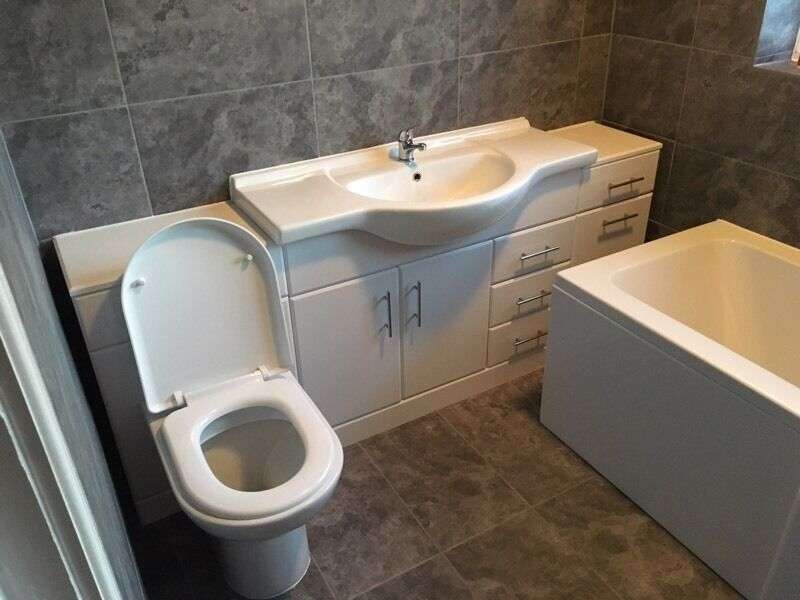 Brand new bathroom suite