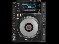 BRAND NEW CDJ900NXS STILL IN BOX