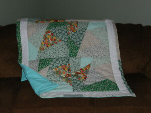 a New quilt/throw with flannelette backing == NEW PRICE