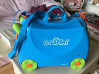 CHILDS TRUNKIE - SUITCASE