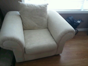 Pier 1 Accent Chairs Off White.Accent Chair Buy And Sell Furniture In Cambridge Kijiji Classifieds