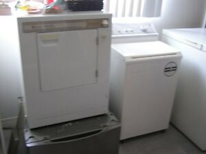 APARTMENT SIZE WASHER&DRYER