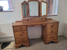 Solid pine double pedestal dressing table and triple mirror