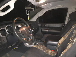 2010 Toyota Tundra Total noire Camionnette