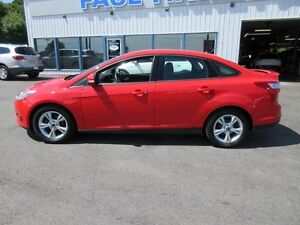2013 Ford Focus SE Sedan Peterborough Peterborough Area image 2
