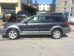 2008 Subaru Outback Familiale**4 ROUES MOTRICES**
