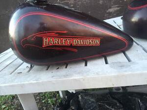 Harley gas tanks Sarnia Sarnia Area image 1