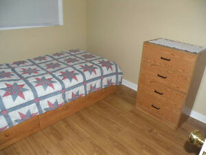 Bedroom for rent On Canada Dr. (MALE) working or student