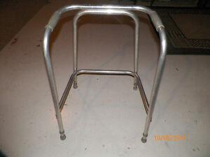 marchette ajustable en aluminium