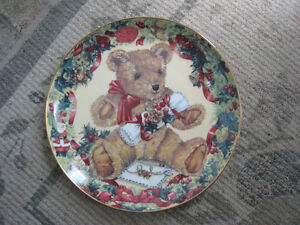 Collector Plate – Teddy's First Christmas