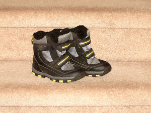 Toddler Winter Boots - size 10