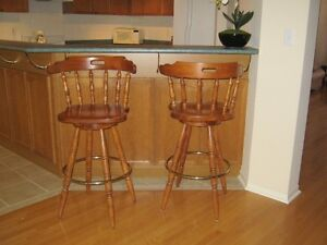 BAR SWIVEL CHAIRS EXCELLENT CONDITION