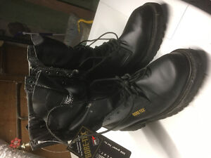 Men's Gortex boots brand new with tags