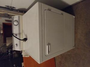 Maytag Electric Heavy Duty Dryer