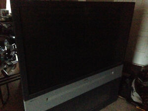 52 inch older projector style tv
