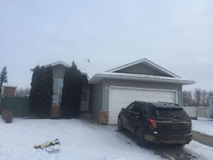 5 Bedroom Home with Garage in Cornerstone FOR RENT immediately