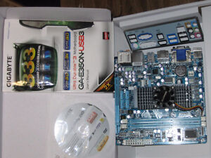 compact mini-ITX Motherboard and CPU