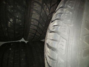 235/55R17 Goodyear winter tires and rims