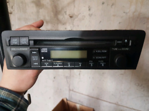 Stock stereo from 2005 Honda civic