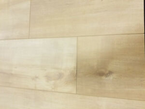10MM LAMINATE FLOOR - Natural Maple - 184 sf lot.