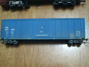 HO scale CN boxcar (blue) for electric model trains