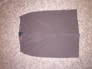 Size extra small club Monaco beige/taupe pencil skirt