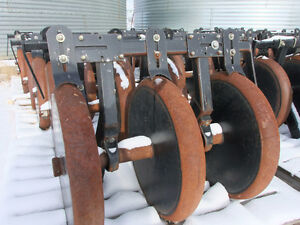 Bourgault 5710 Steel Packers