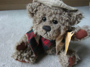 BRAND NEW - Brass Button Collectables Pickford Bears -Tanner