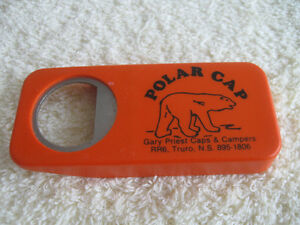 VINTAGE OLD-STYLE COLLECTIBLE BOTTLE CAP REMOVER