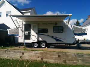 2009 Jayco Jay Feather Hybrid