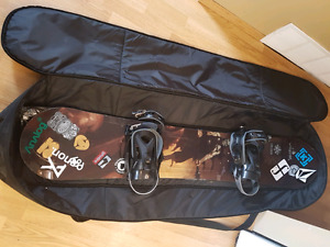 "159.0"" Lamar snowboard, bindings and bag"