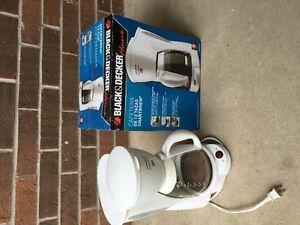 Black and Decker, Smart Brew 12 cup coffee maker for parts.