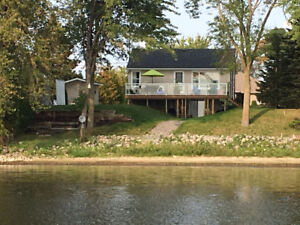 YEAR ROUND WATERFRONT HOME-STOCO LAKE, TWEED