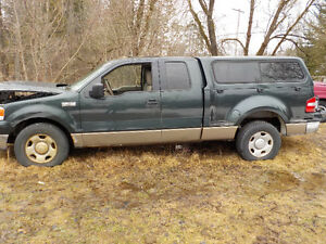 2004 Ford F-150 Pickup Truck for parts