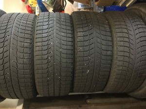 Winters coming! Set of four 225/45R17 Michelin X-ice snows