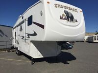 2007 Cedar Creek Silverback 29LRLBS - Leisure Days Sudbury