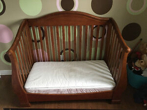 Solid Wood Crib/Day Bed