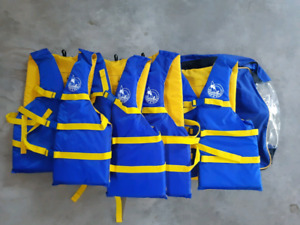 Set of 4 lifejackets