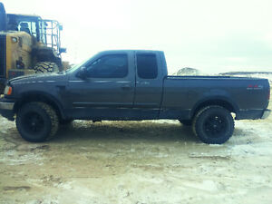 2002 Ford F-150 Lariat 4x4 extended cab